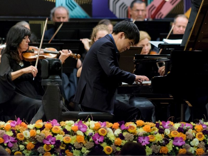 The Franz Liszt Chamber Orchestra offered the winner of the Franz Liszt International Piano Competition an opportunity to perform